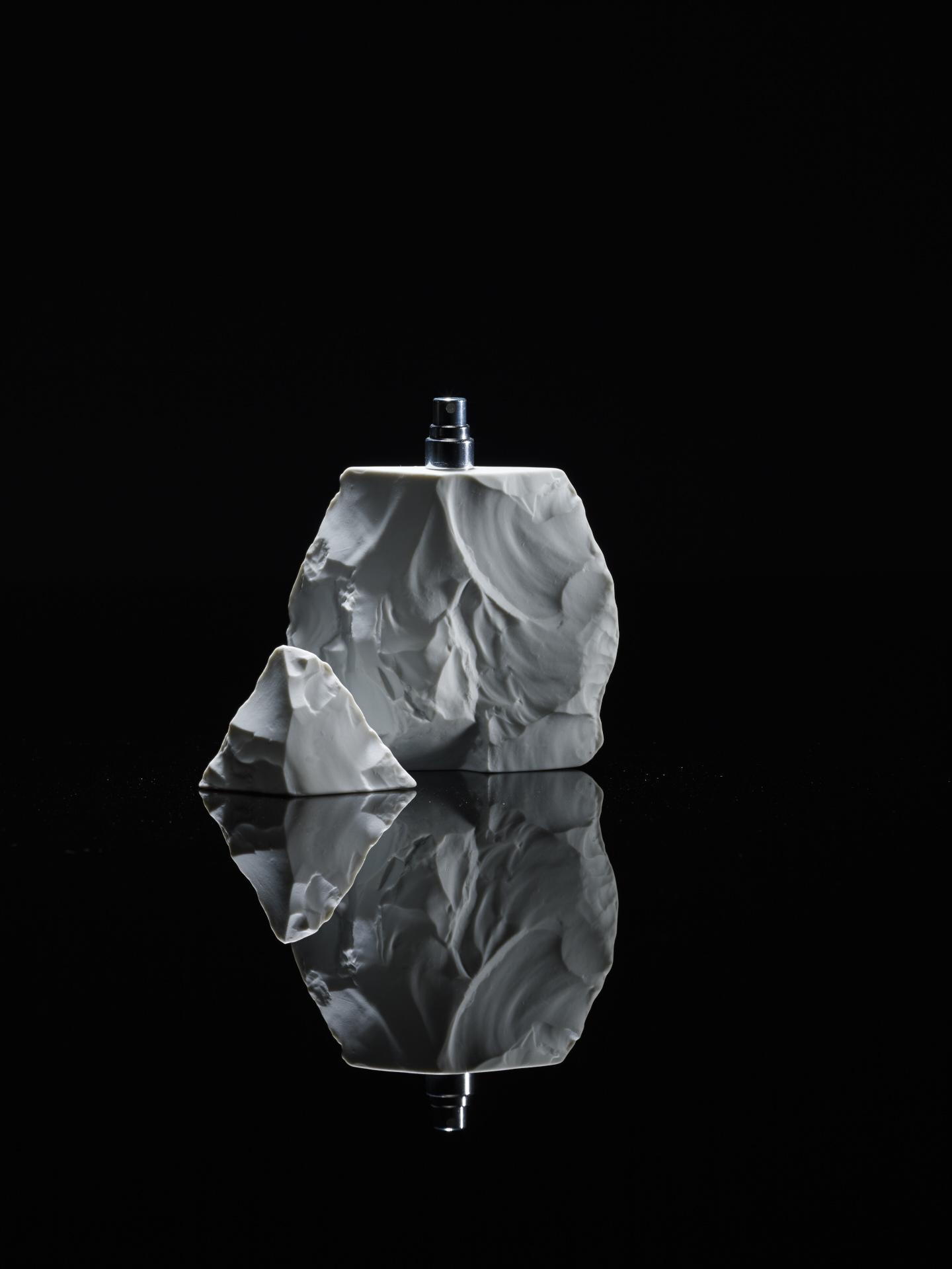 Neandertal Perfume White